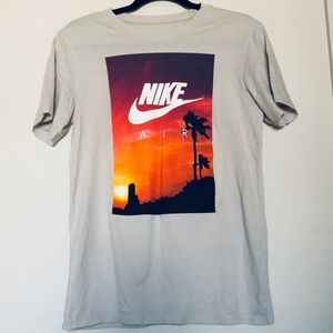 Nike Graphic Air Tee Shirt Size Small
